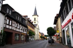 Friedrichsdorf-Hugenottenstrasse-